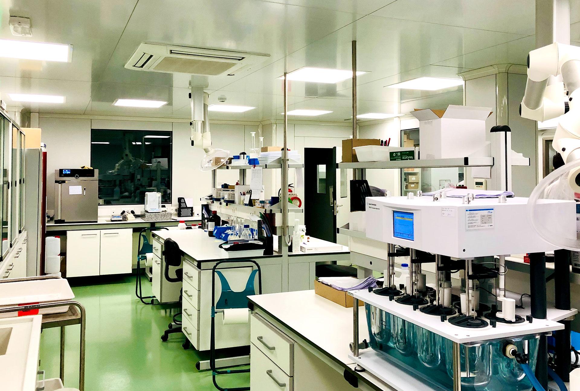 Laboratori DAU control calidad